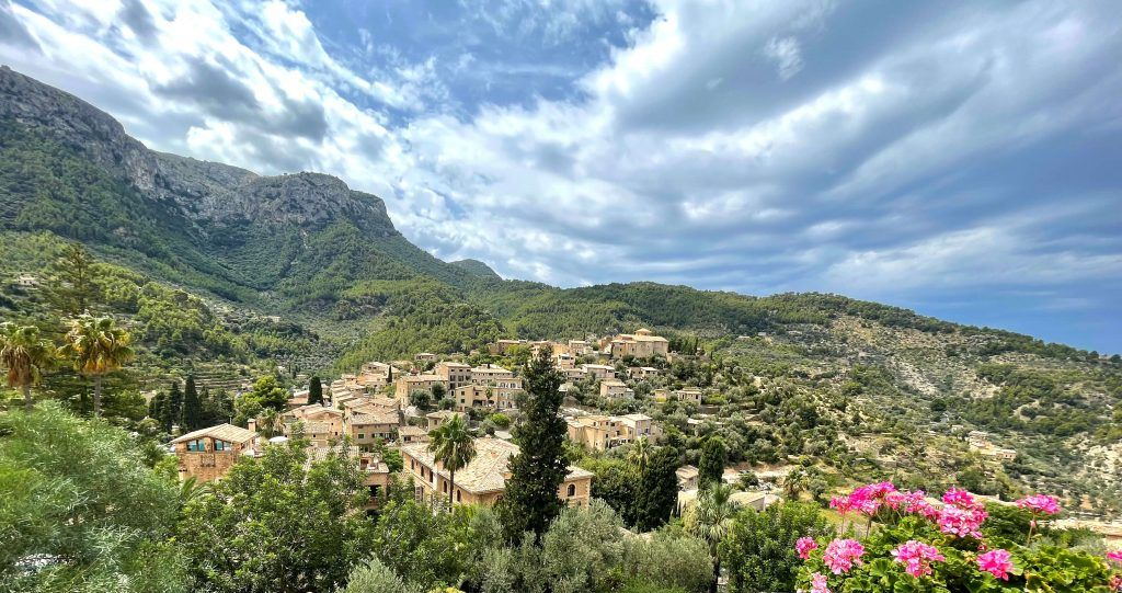 Picture of town in Mallorca called Deià